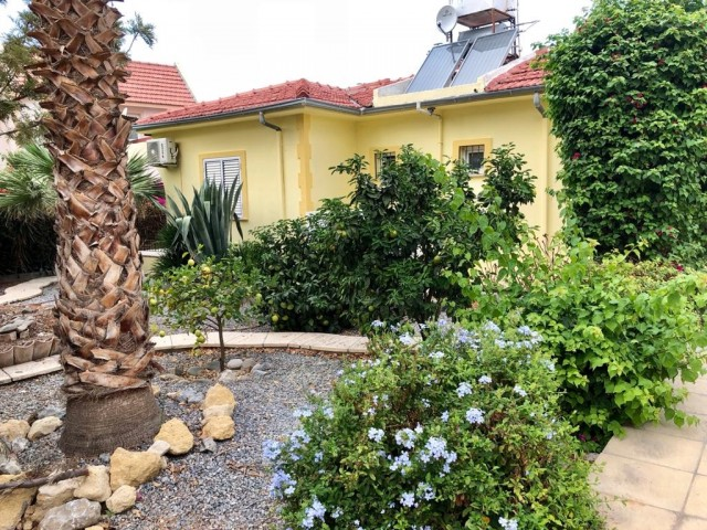 3 bedroom Villa with 510m2 garden For Sale At Lapta