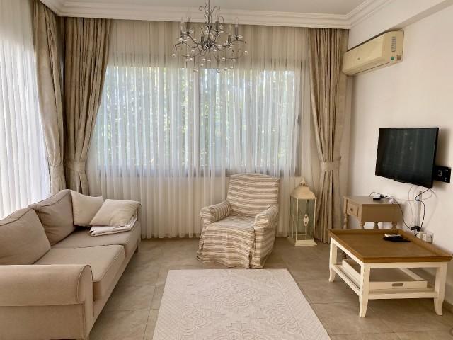 For rent a luxury apartment 2 + 1 in Karaoglanoglu (Girne). Without commission. The landlord rents t