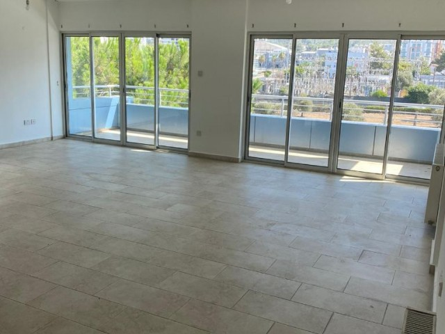 Kyrenia Centre Unfurnished 3+1 flat for rent