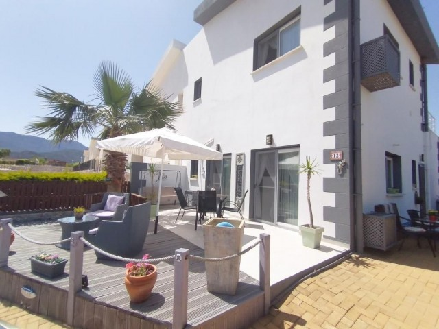 Luxury 4 Bedroom Seaside Villa immaculately finished and maintained.