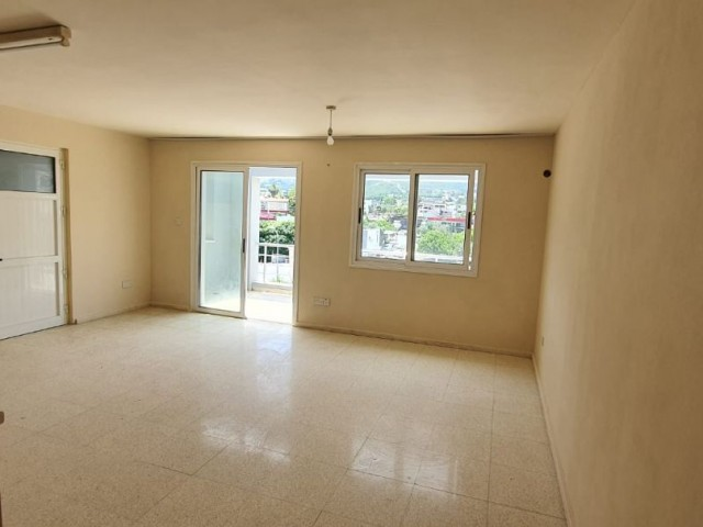 There are 3+1 unfurnished white furniture for rent. Red flag. Side road is close.