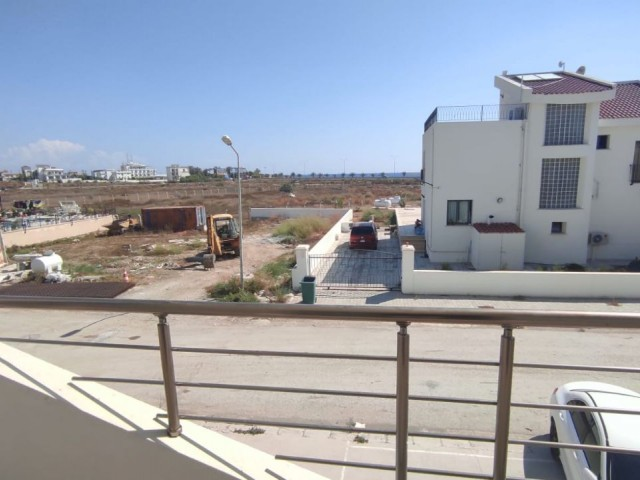 BIG METER SQUARE BRND NEW 2+1 WITH SEA VIEW IN LONG BEACH