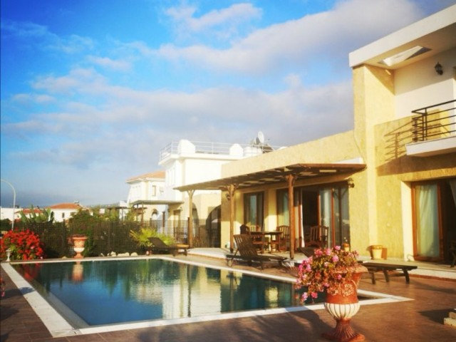 Stunning Holiday Rental - 3 + 1 Stylishly Furnished Villa with Private Pool 5 Minutes From The Sea