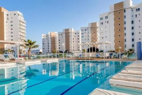 2 BED FURNISHED APARTMENT AT CAESAR RESORT