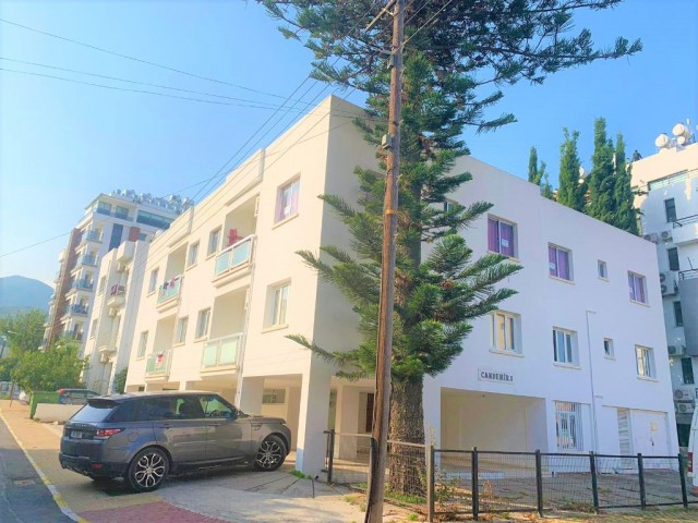 2 + 1 FULLY FURNISHED APARTMENT FOR SALE IN CENTRAL KYRENIA