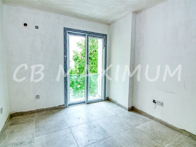 2 Bedrooms Flat For Sale in Kyrenia City Center