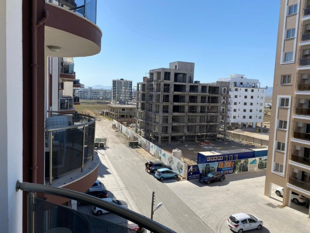PART FURNİSHED  2 BEDROOM APARTMENT  FOR SALE IN İSKELE LONG BEACH NOYANLAR (SEA STAR) 78.500 STG