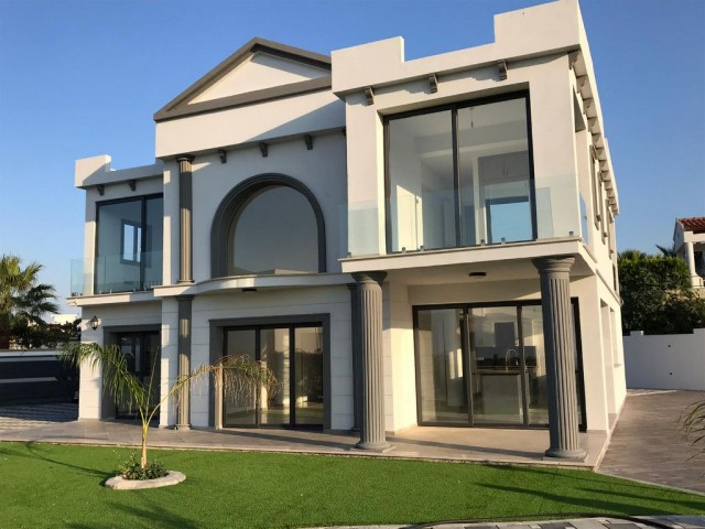 BRAND NEW  4 BEDROOM LUXURY SEA AND MOUNTING VIEW  VILLA  KYRENİA ÇATALKÖY  350.000 STG