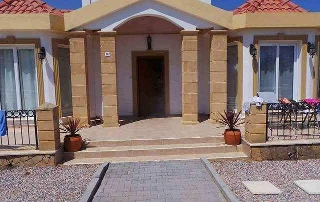 Beautiful well maintained  3 bedroom villa