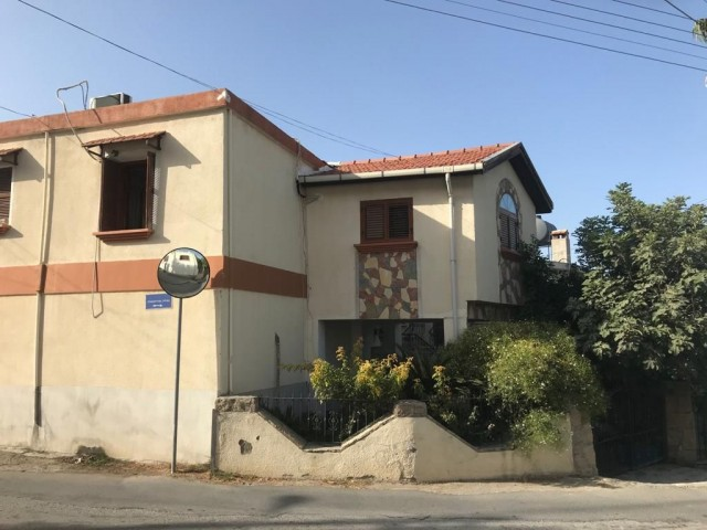 Old Cypriot House3 bedroom  located in Kyrenia, Lapta