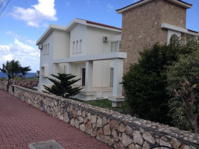 KYRENIA LAPTA AREA NEAR SEMPATI HOTEL  4+1 FULLY FURNISHED VILLA AVAILABLE  FOR HOLIDAY AND LONG TER