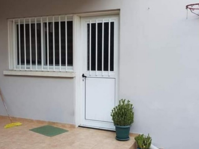 Nicosia-Gönyeli 3+1 fully furnished flat for rent from owner (6 months+1 deposit) (05338414360)