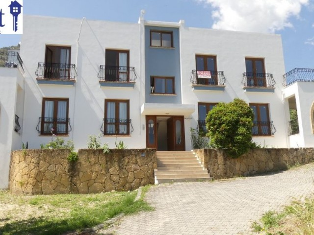 FOR RENT, SPACIOUS, 3 BEDROOM APARTMENT WITH STUNNING VIEWS IN ALSANCAK.