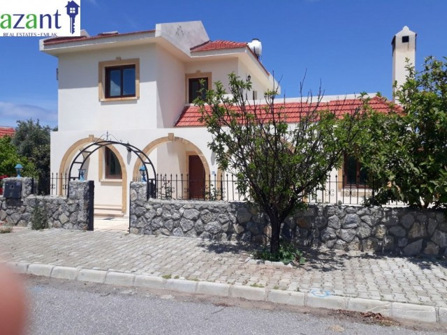 TO RENT, A LARGE 3 BEDROOM VILLA, IN A PRIVATE LOCATION IN KARSIYAKA.