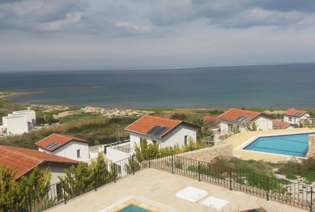 REDUCED from 168,895 GBP to JUST 157,495 GBP - Stunning Sea Front Location - Beautiful 4 + 1 Villa with Private Pool in Bahcelli