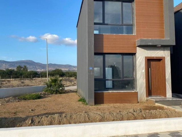 Villa opportunity instead of a flat price!