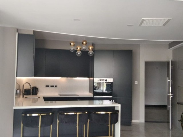 3+1 apartment for rent in Kyrenia Center / Luxury furnished