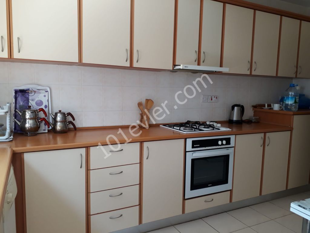 2 bedroom flat for rent in Kyrina City Center