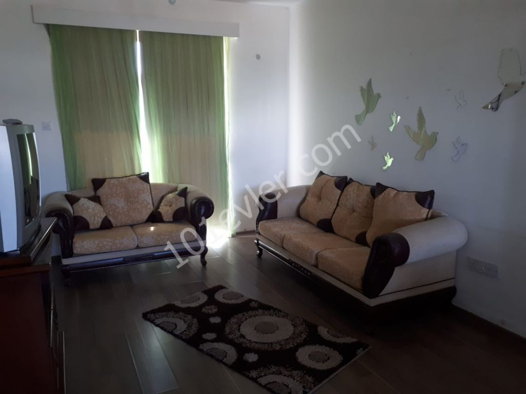 In Ortaköy furnished 2+1 flat