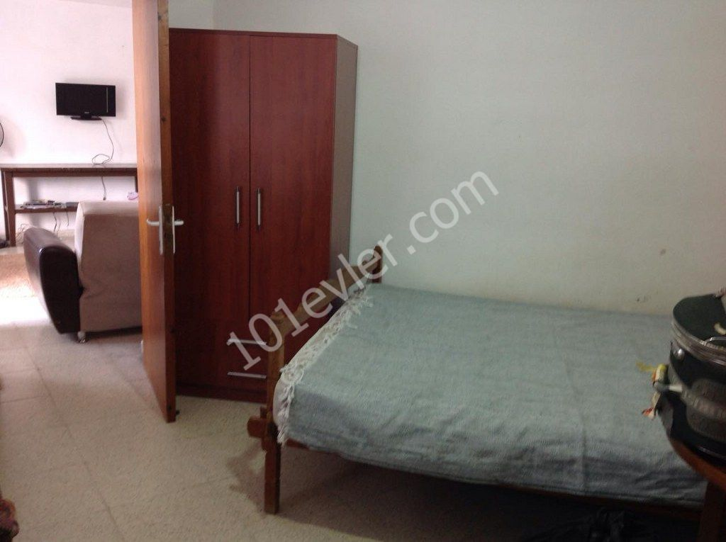 1 Bedroom Apartment For Rent Location Opposite To Barbarous Market Girne.